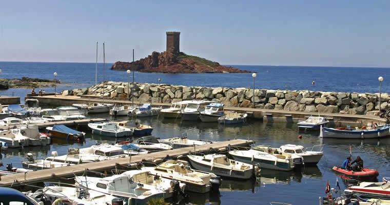 Boulouris et poussa - Restaurants port santa lucia saint raphael ...