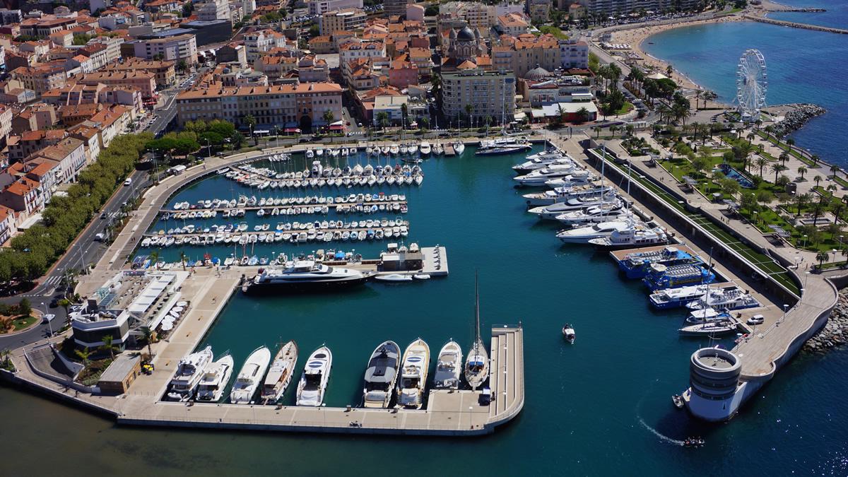 Le vieux port - Meteo marine port camargue saint raphael ...